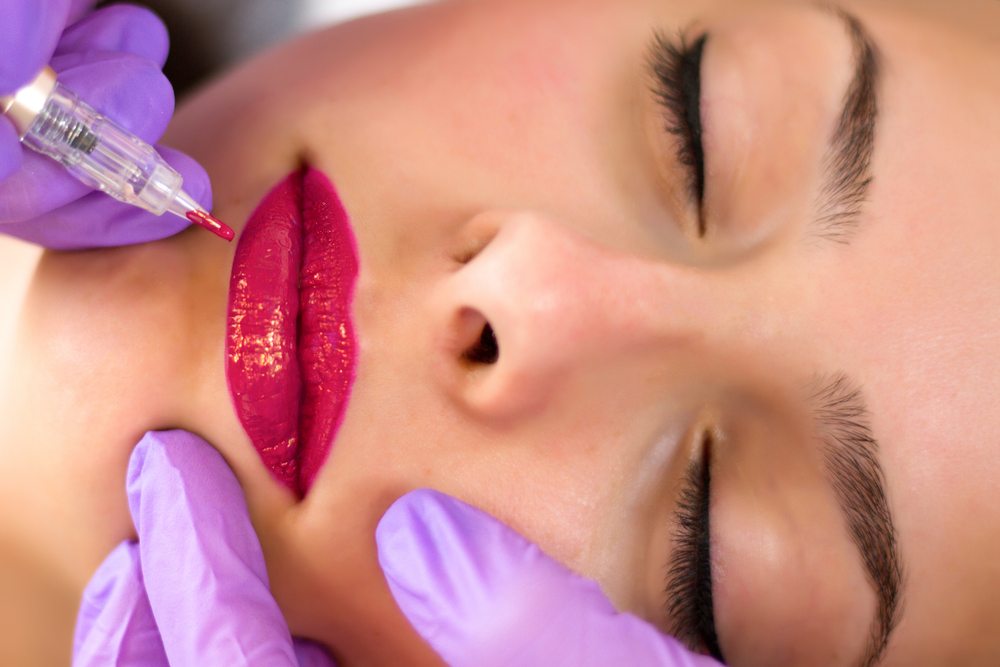permanent makeup 3d lips